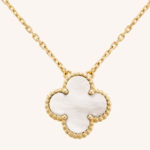 Jewelry - Four Leaf Clover 18 Kt Gold Necklace